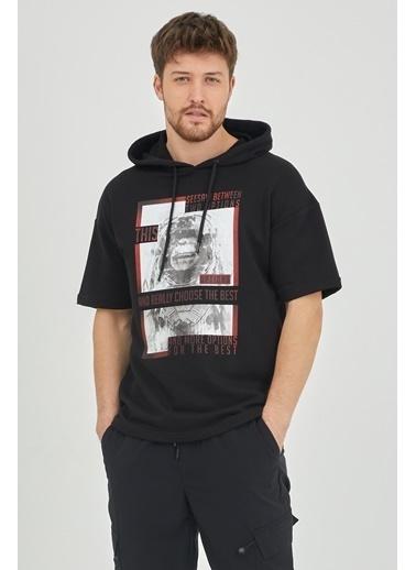 XHAN Ekru Kısa Kol Baskılı Kapüşonlu Sweatshirt 1Kxe8-44655-52 Siyah